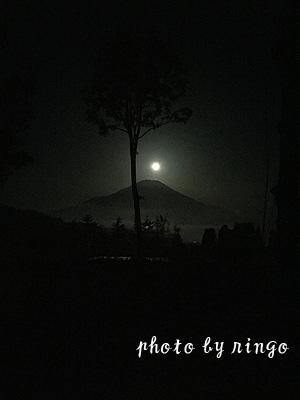 yoru-yamanaka01.jpg